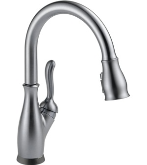 Delta Faucet Leland Single-Handle Touch Kitchen Sink Faucet with Pull Down Sprayer, Touch2O and ShieldSpray Technology