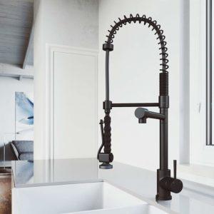 VIGO VG02007MB 27in H Zurich Single-Handle with Pull-Down Sprayer Kitchen Faucet in Matte Black